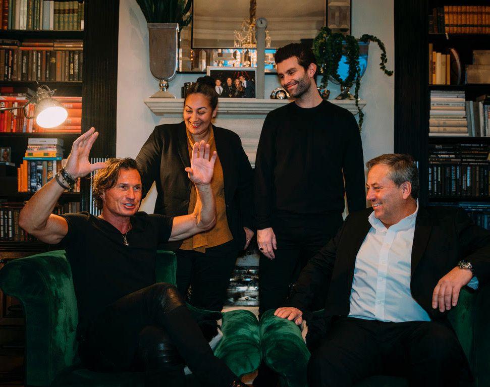 HISTORIE:  I dag er Juritzen forlag historie. Under Petter Stordalens forlagsparaply, får forlaget navnet Pioner. Her er Juritzen med de som overtar: Petter Stordalen, Sarah Natasha Melbye og Jonas Forsang.