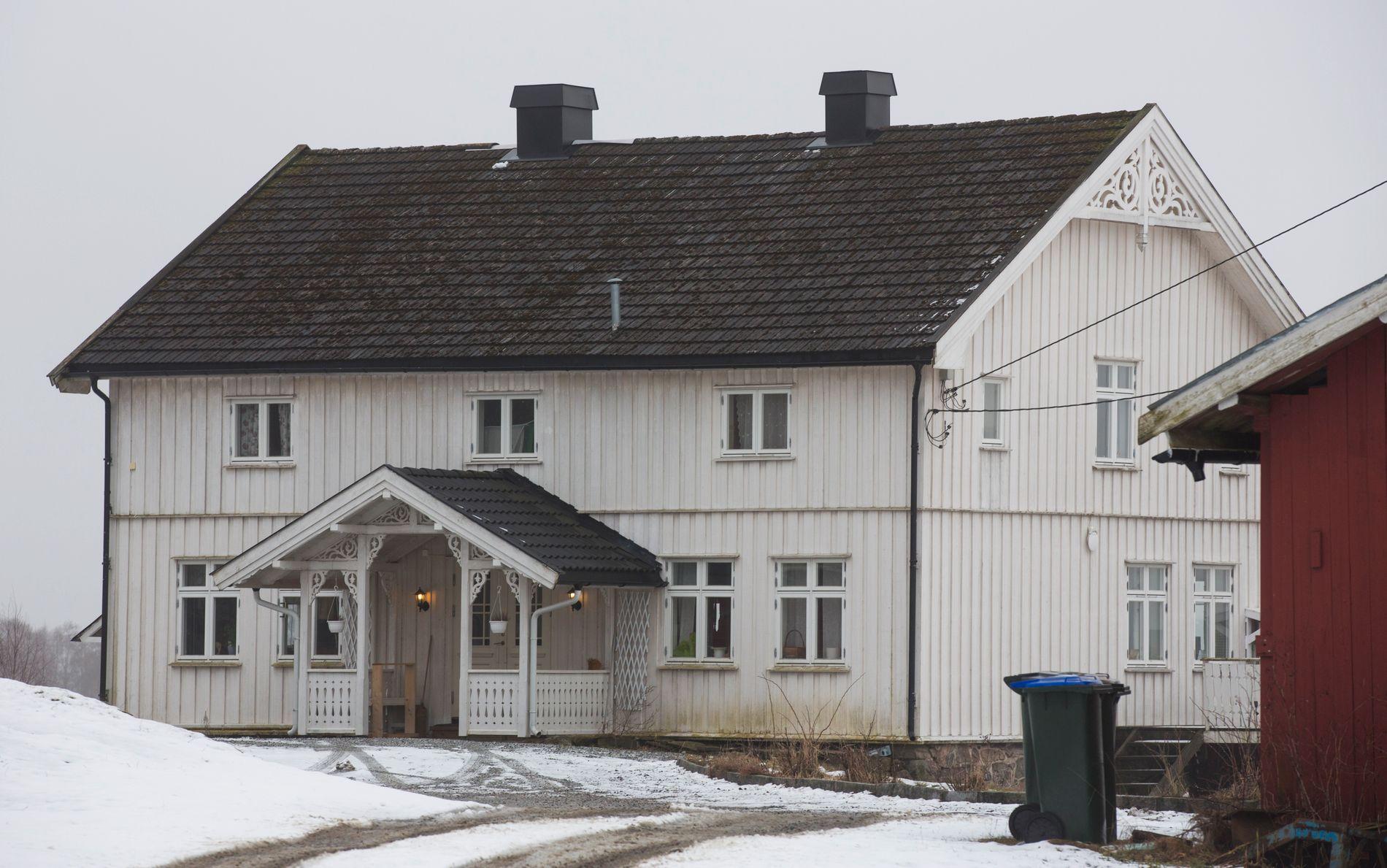 ÅRHUS GÅRD: Eirik Jensen kjøpte og pusset opp gården sammen med sin daværende samboer i 2005/2006. Gården ligger på Fenstad på Romerike.