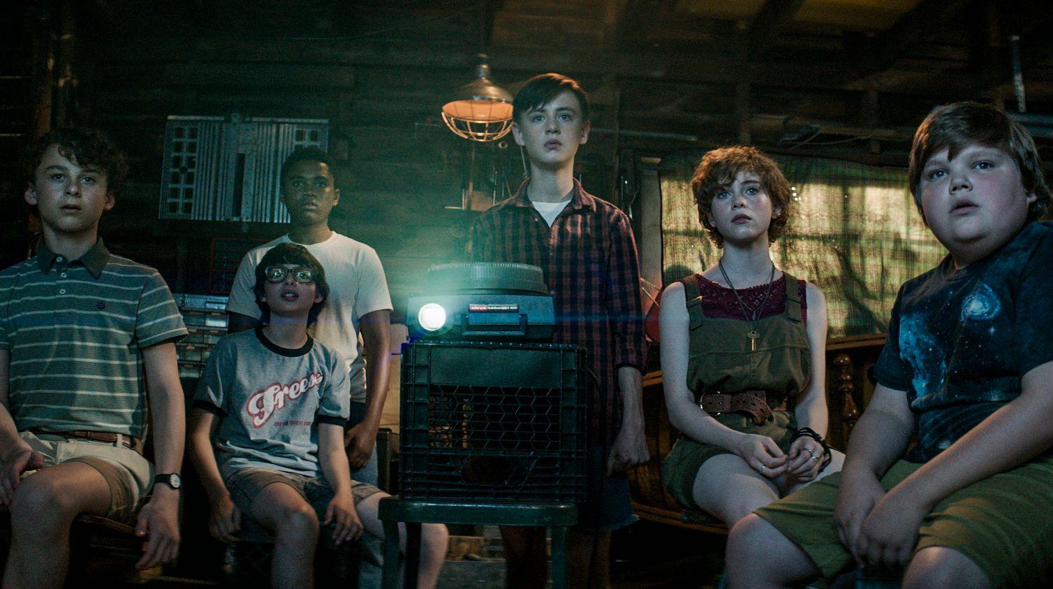 «TAPERGJENG»: I «IT» er det de unge som kalles tapere som slår tilbake mot det demoniske monsteret.