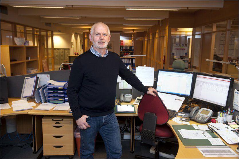 TILBAKE I FULL JOBB: Arvid Haukås er én av de mange det går bra med etter prostatakreft. Han var tilbake i full jobb som manager i Trygve Tønjum Import AS fire uker etter operasjon. Foto: TOR ERIK MATHIESEN