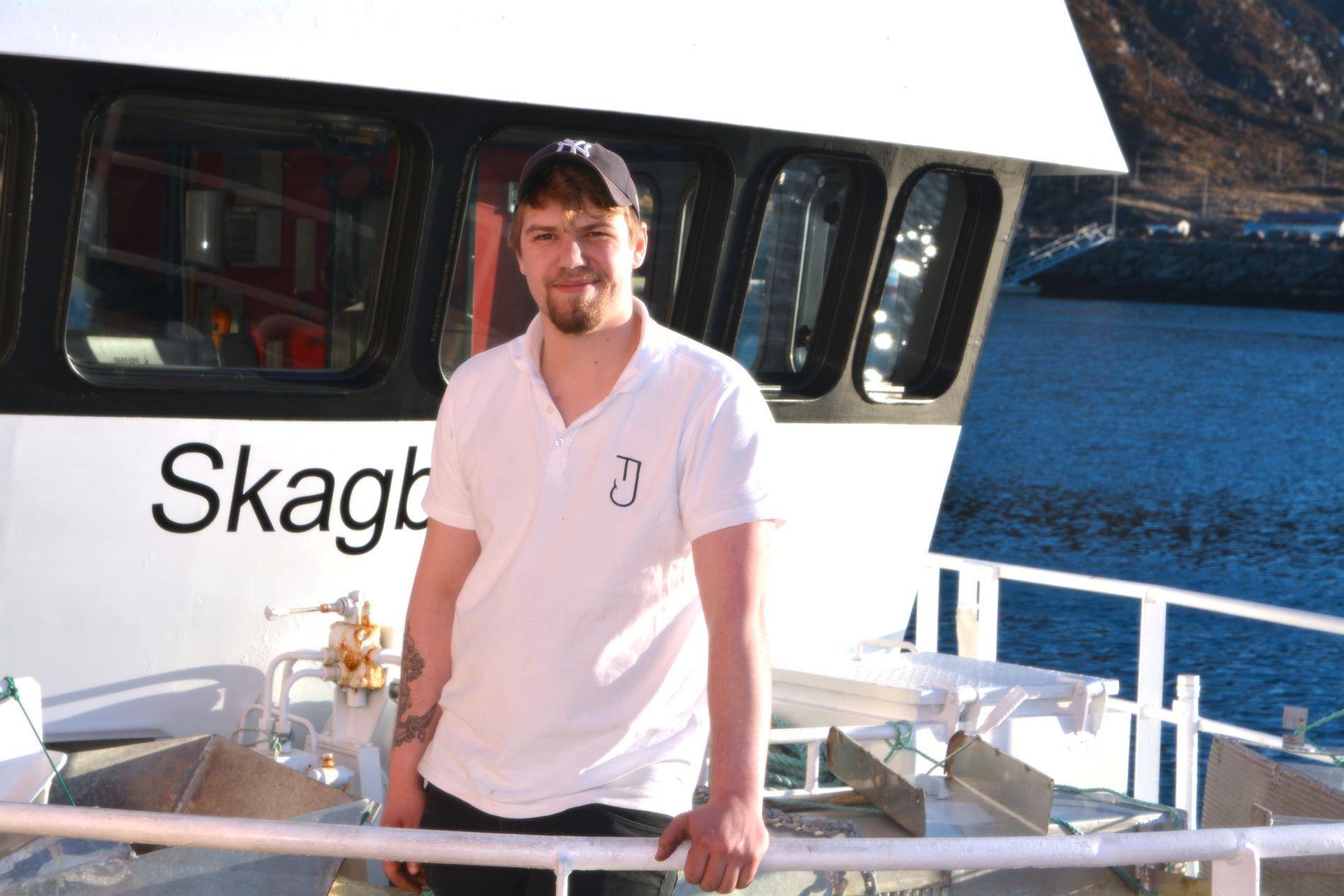 SAVNET: Truls Johansen (23) har vært savnet fra Øksnes i Vesterålen siden 15. juni. Dette bildet er tatt av Johansen den 1. mai i år.