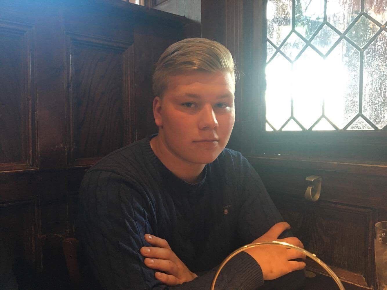 SJOKKERT: Trym Solsvik er rystet over størrelsen på boten han fikk fra spanske myndigheter, som hevder 19-åringen blendet bilister med laserpenn på en guttetur til Magaluf i fjor sommer.