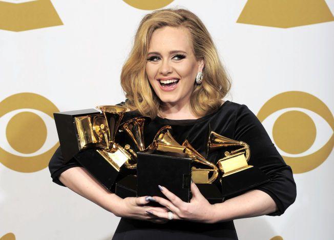 HEDRET: I 2012 fikk Adele seks Grammy-priser for sin musikk.