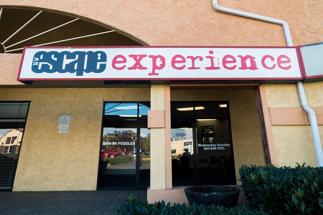 BA OM HJELP: Å finne veien ut av NW Escape Experience skulle vise seg å bli en hard nøtt å knekke for innbruddstyven.