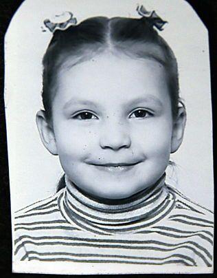 FUNNET DØD: Monika Sviglinskaja (8) (bildet) ble funnet død hjemme i leiligheten på Sotra under mystiske omstendigheter for tre år siden.