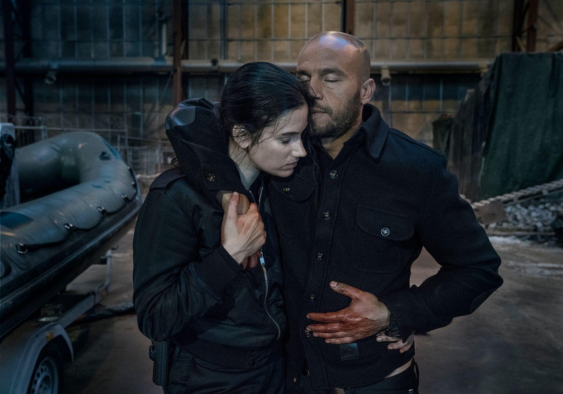 BLODIG: Danica Curcic og Dar Salim i «Kriger».