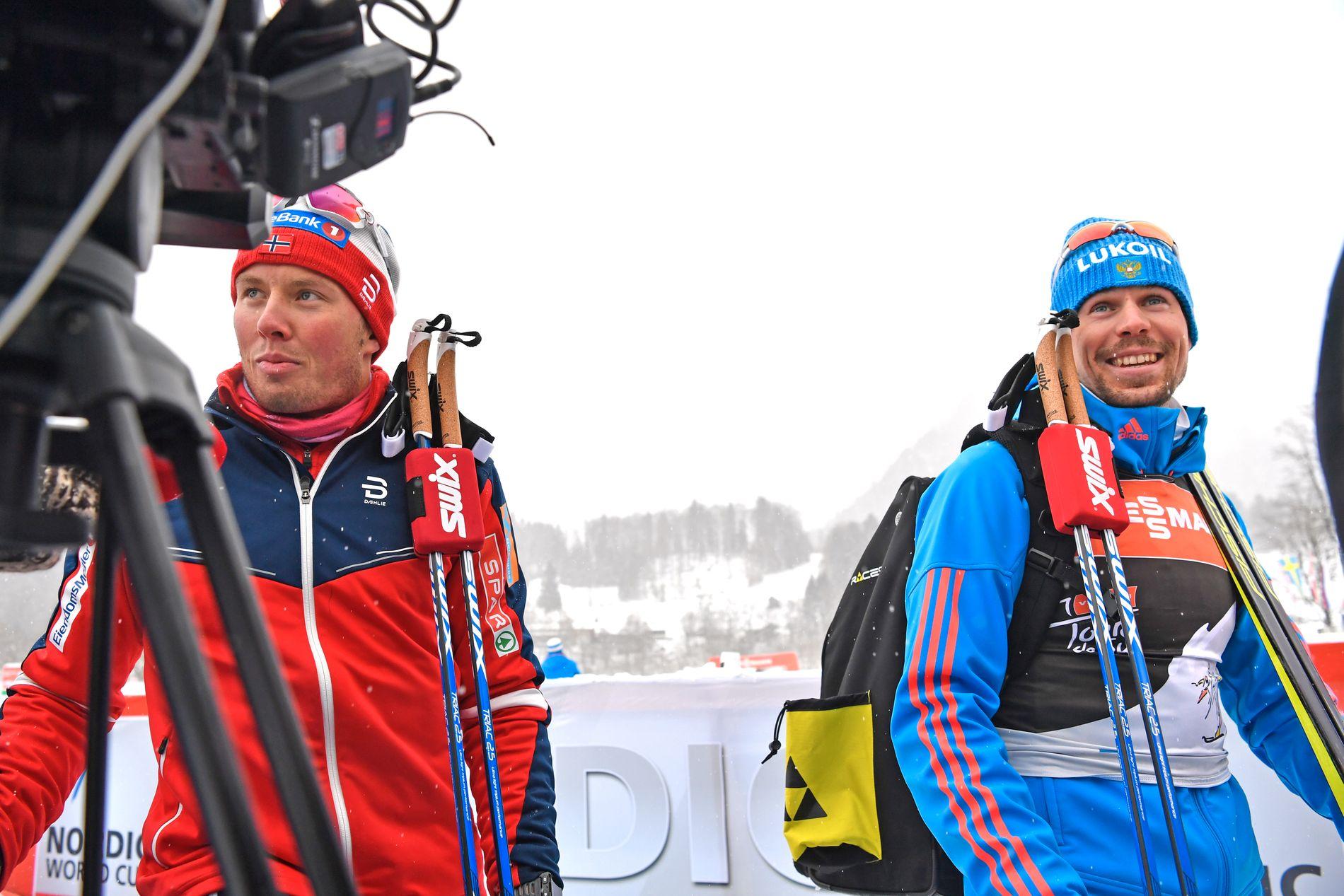 EN KONKURRENT MINDRE: Emil Iversen (t.v.) møter etter all sannsynlighet ikke Sergej Ustjugov i OL, men begge er på plass i Seefeld for å gå verdenscup denne helgen. Her er de under Tour de Ski 4. januar for et år siden.