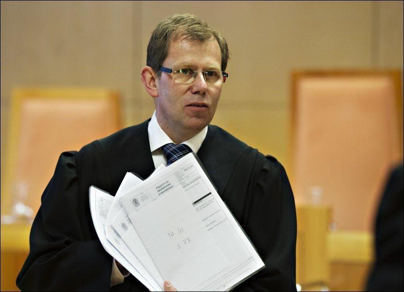 SKJERPET STRAFF: Aktor Thorbjørn Klundseter argumenterte for at Rune Øygard skulle få 2,5 år i fengsel. I dag ble Øygard dømt til to år og tre måneder. Foto: Roger Neumann