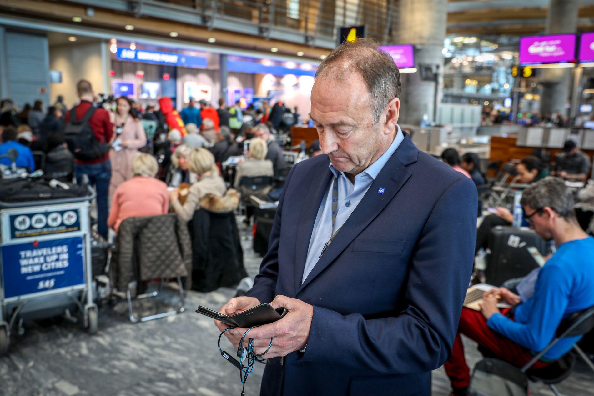VED STREIKESTART: Kommunikasjonssjef i SAS Knut Morten Johansen møtte fredag forrige uke VG på Oslo lufthavn Gardermoen.
