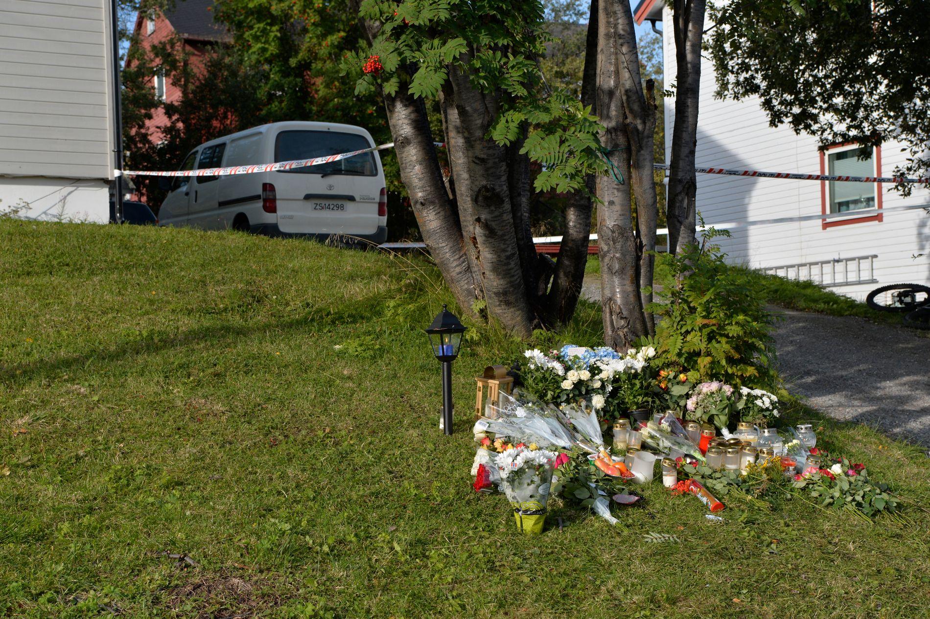ÅSTEDET: Huset der Pimsiri Songngam (39) og sønnen Petchngam (12) ble drept.