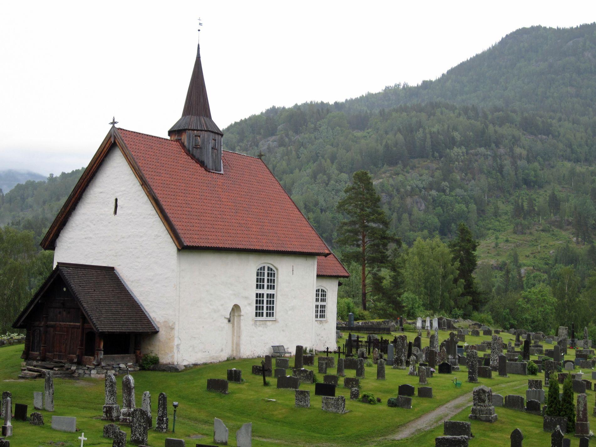 KULTURMINNE:  Norge har 158 middelalderkirker i stein. Seljord Kirke i Telemark er én av dem.