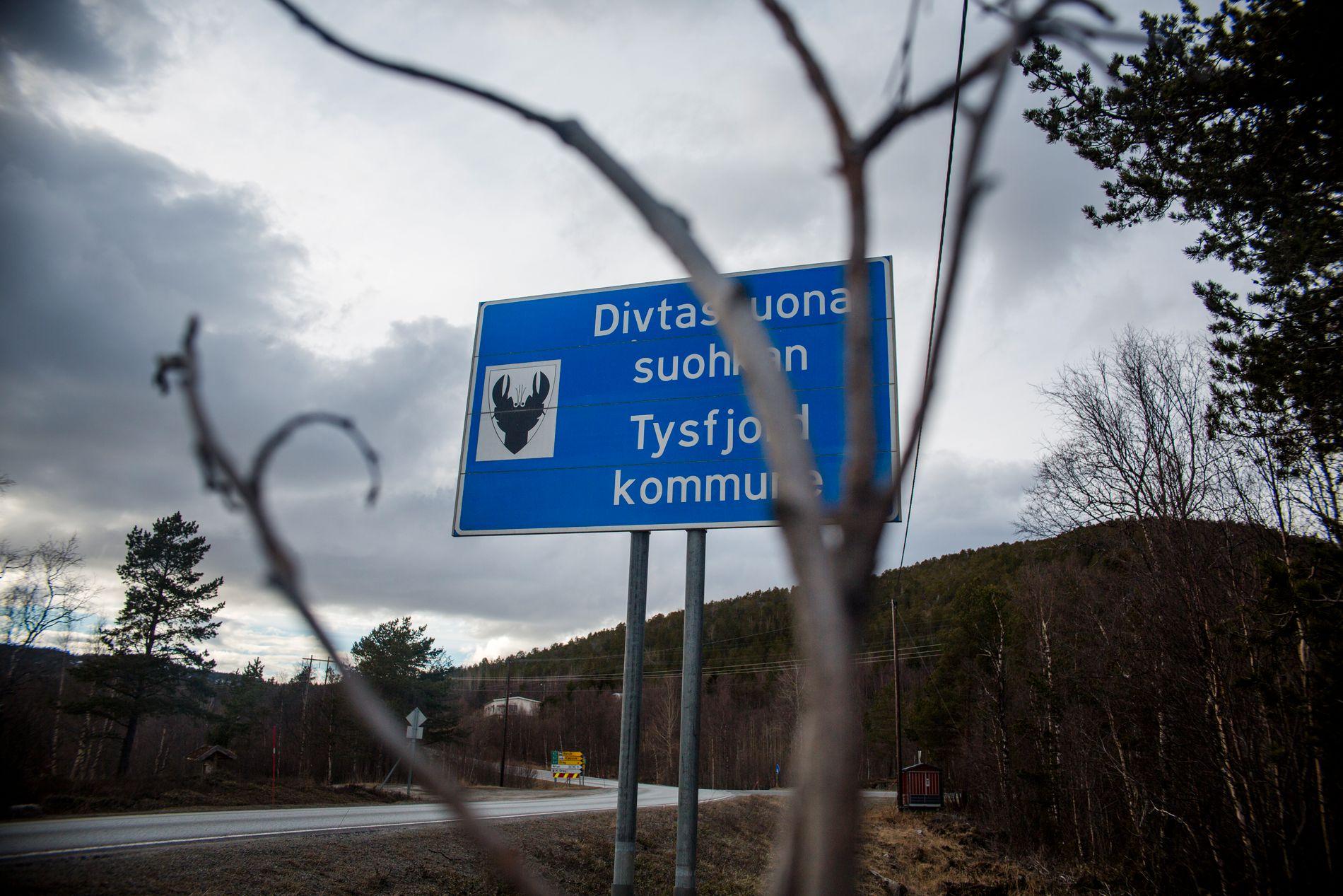 OVERGERP: 11 kvinner og menn fra samme kommune har fortalt VG om overgrep de skal ha blitt utsatt for i barndommen.