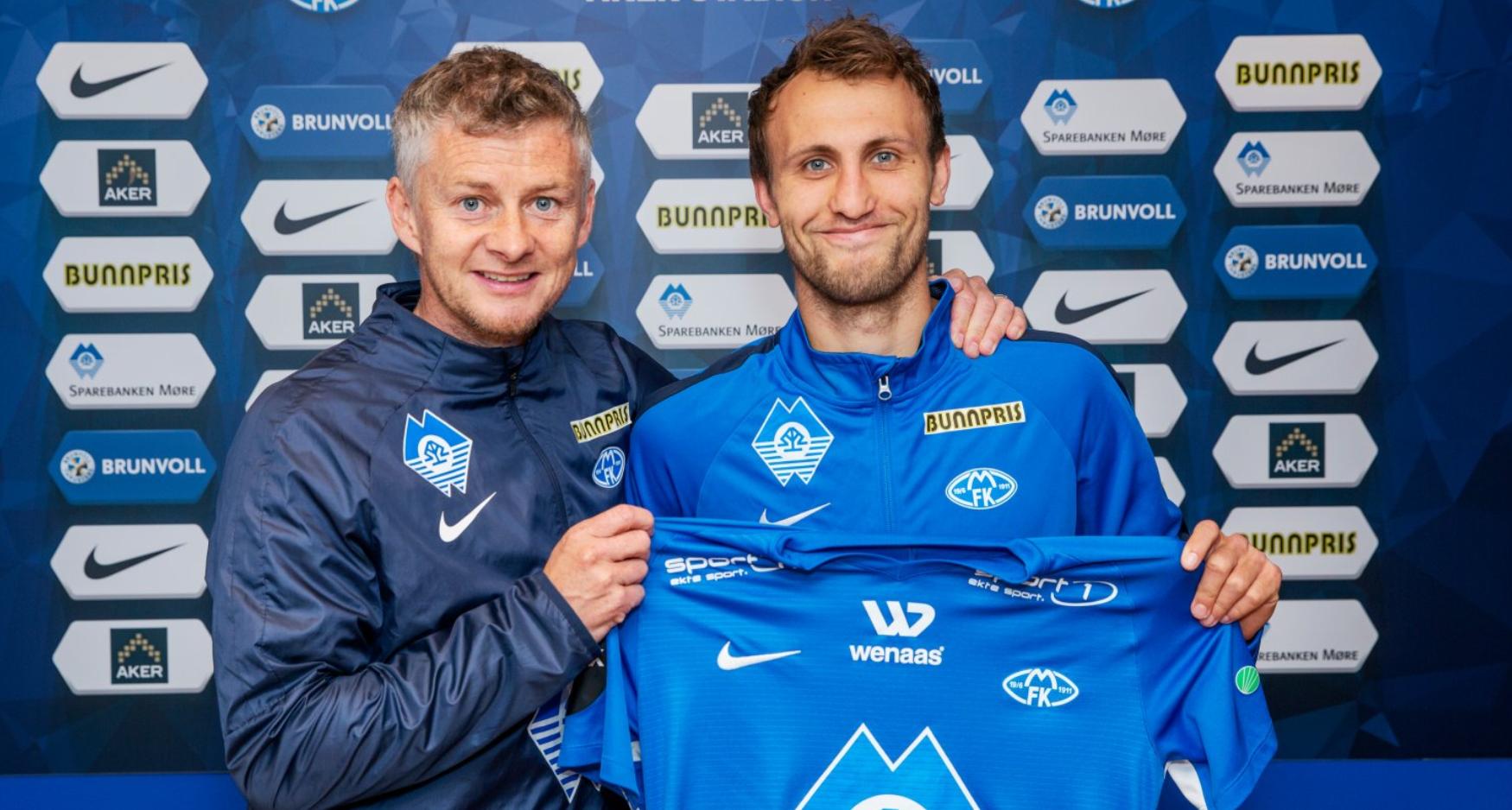 TILBAKE: Magnus Wolff Eikrem (til høyre) har signert en fireårskontrakt med Ole Gunnar Solskjærs Molde.