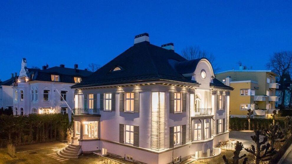 DYR BOLIG: Denne boligen fra 1918 på Frogner i Oslo er til salgs for 100 millioner kroner, etter oppgraderinger for flere titalls millioner kroner.