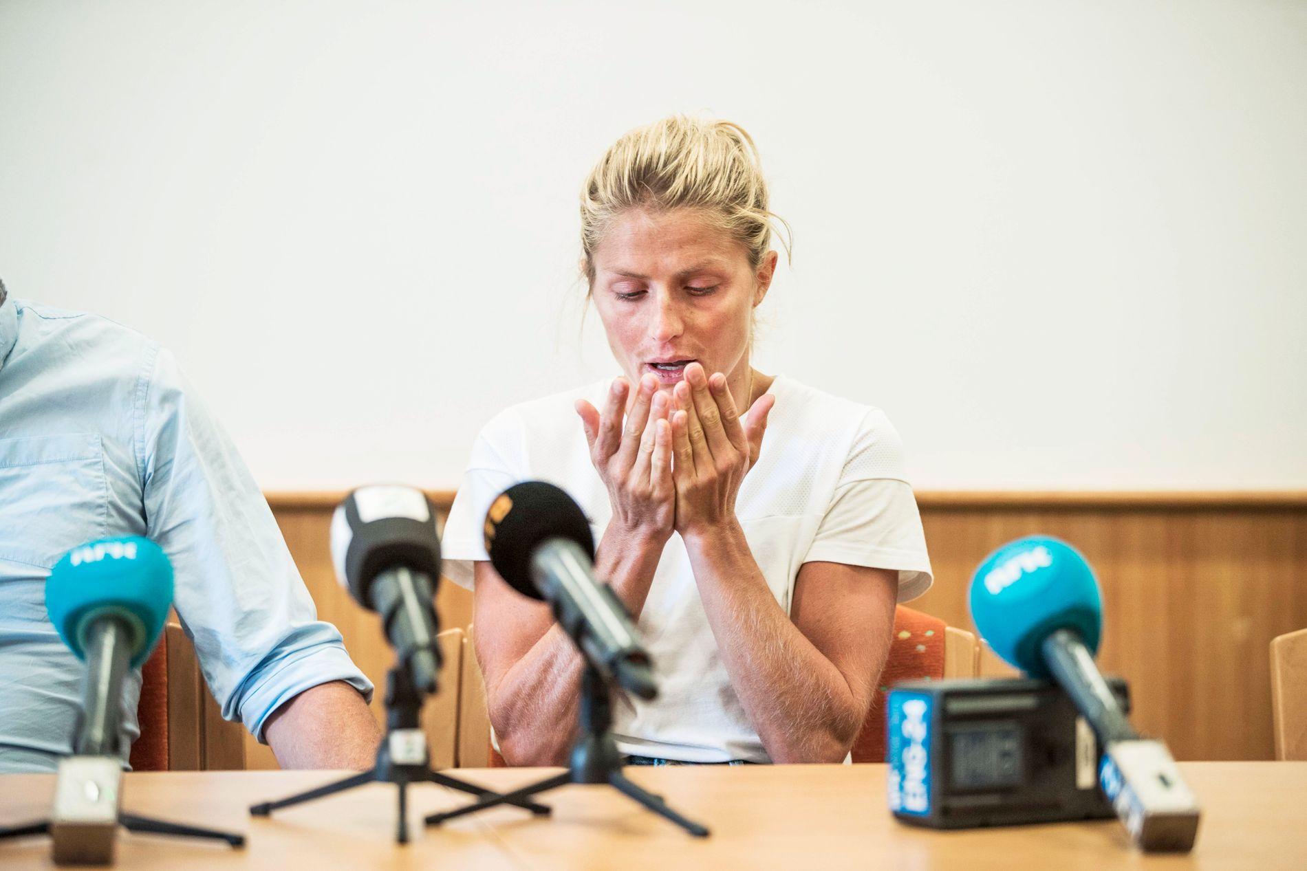Therese Johaug møtte pressen i Seiser Alm tirsdag. Da var 29-åringen dypt fortvilet etter å ha blitt utestengt i 18 måneder ac CAS.