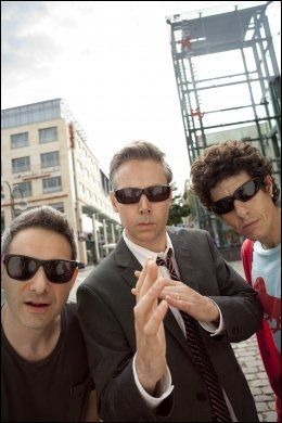 ROCKLEGENDER: Hip hoperne i Beastie Boys blir også innlemmet i Rock And Roll Hall of Fame. Fra venstre: Adam «Ad-Rock» Horovitz, Adam «MCA» Yauch og Michael «Mike D» Diamond. Foto: AP