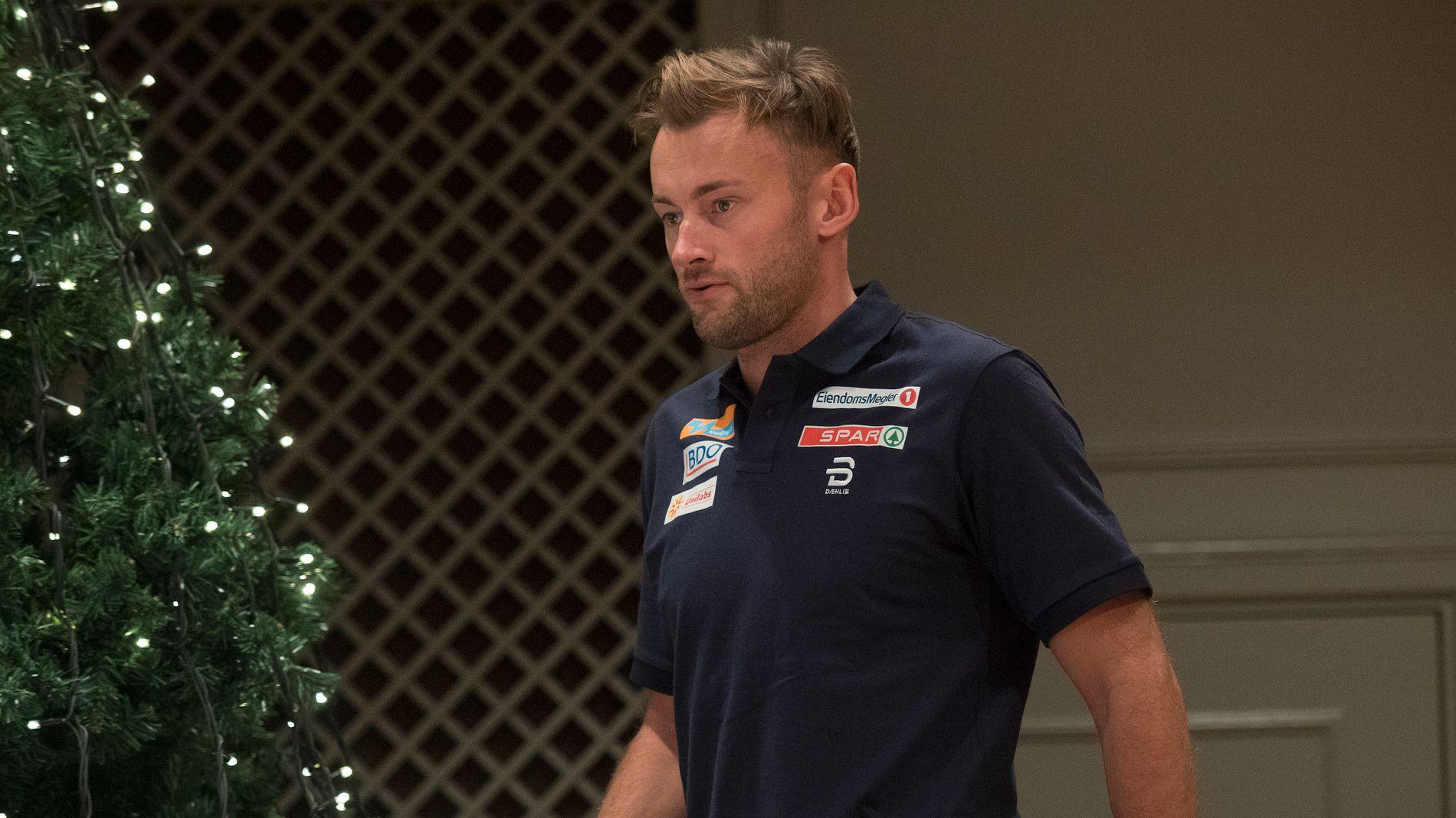 OMSTRIDT: Petter Northug, her fra pressekonferansen i Lillehammer 1. desember.
