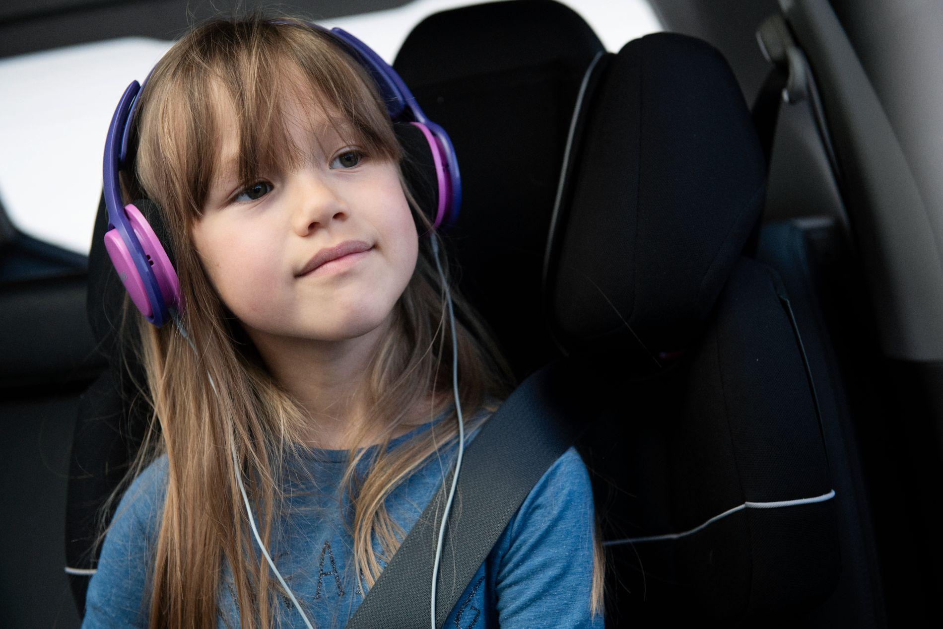 LUTTER ØRE: Med Fabel får barna et hav av gode lydbøker å kose seg med.