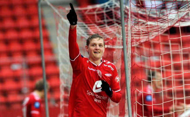 JUBEL MOT ODD: Her jubler Erik Huseklepp for sin første scoring mot Odd i 2013. Det er sist Brann-spilleren scoret to mål i Tippeligaen.