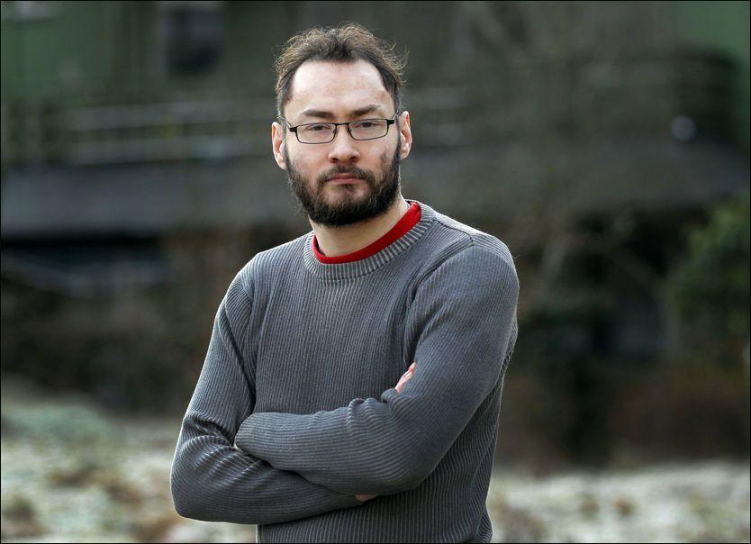 TOK IGJEN: I oppveksten ble Ørjan Langbakk kalt «sauen» og «puddelen». En dag fikk han nok. FOTO: HALLGEIR VÅGENES