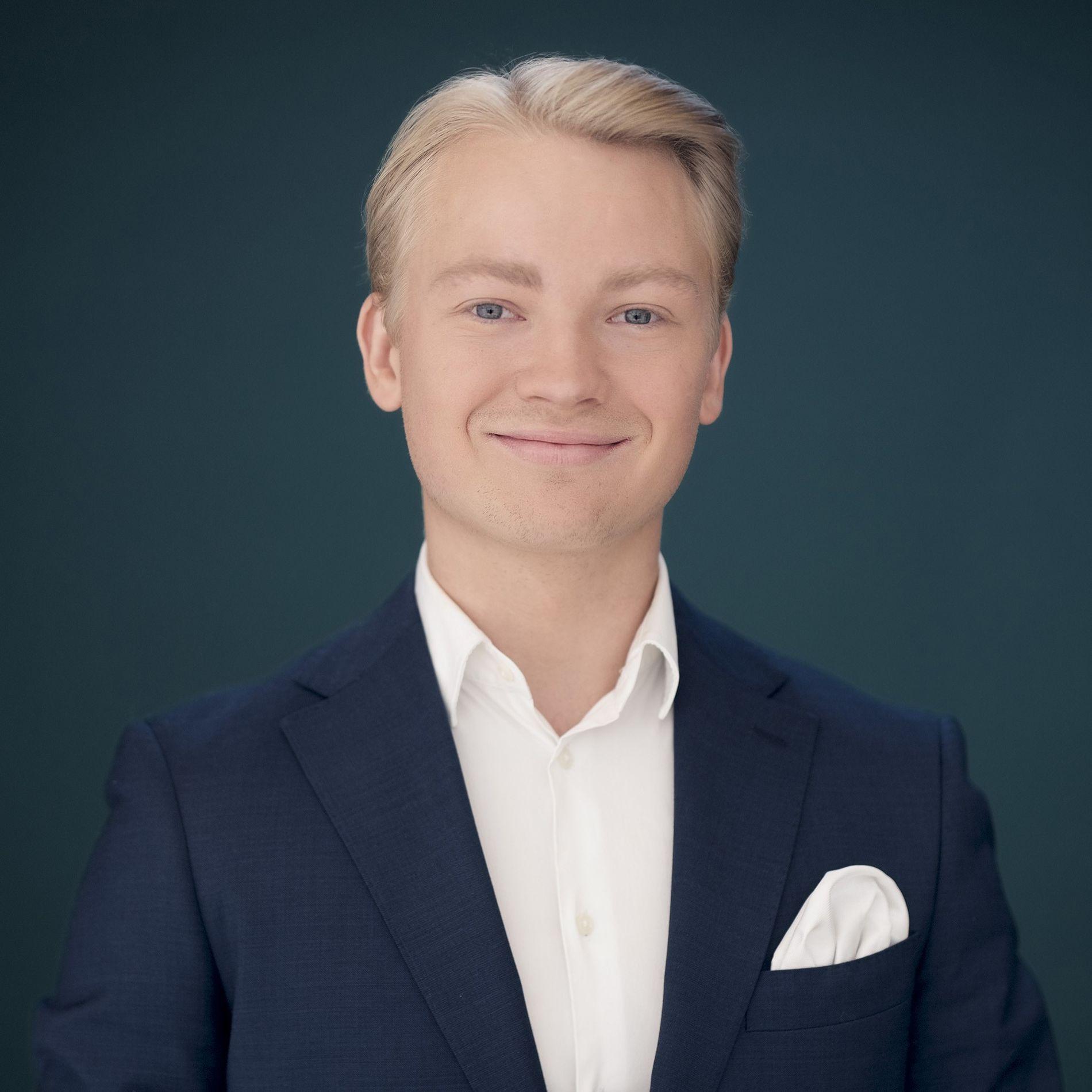 MEGLER: Kasper Hillås ved Nordvik Grünerløkka sto for salget.