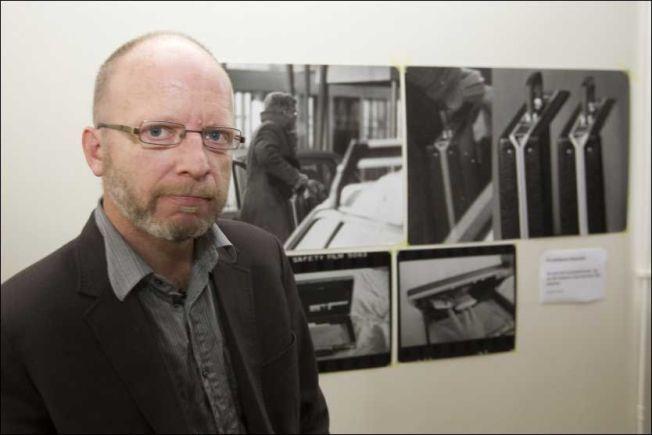 «BEVISER»: Geir Selvik Malthe-Sørenssen i forbindelse med det han hevdet var nye opplysninger i Treholt-saken i 2010.