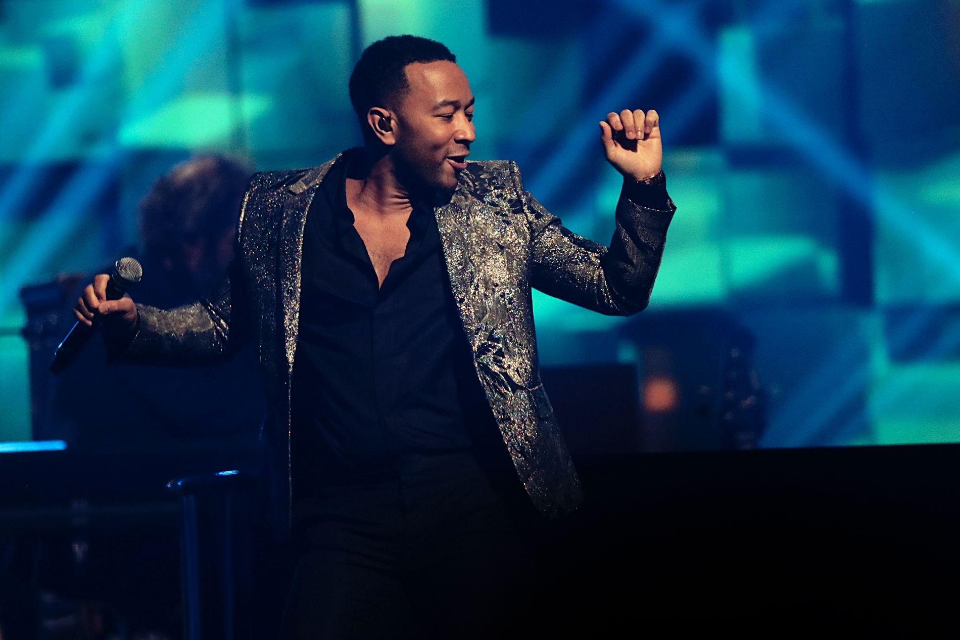 YNDLING: John Legend under Nobelkonserten i Telenor Arena i 2017.