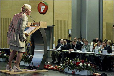 KAMPKLAR: Siv Jensen holdt i dag tale på Frps landsmøte. Foto: Scanpix