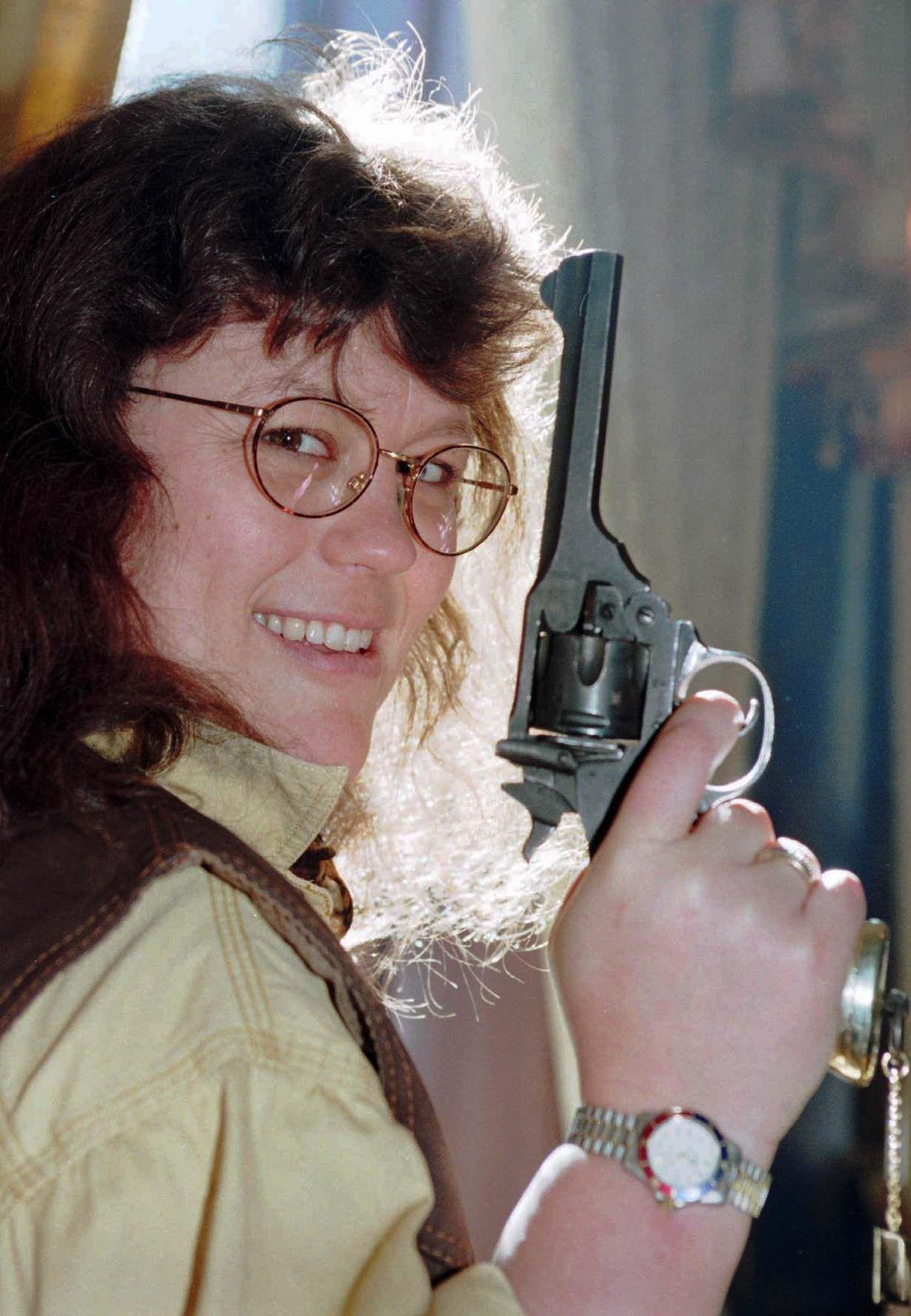 RIVERTONVINNER: Anne Holt debuterte i 1993 med «Blind Gudinne» - og hun vant Rivertonprisen 1994 for andreboken «Salige er de som tørster».