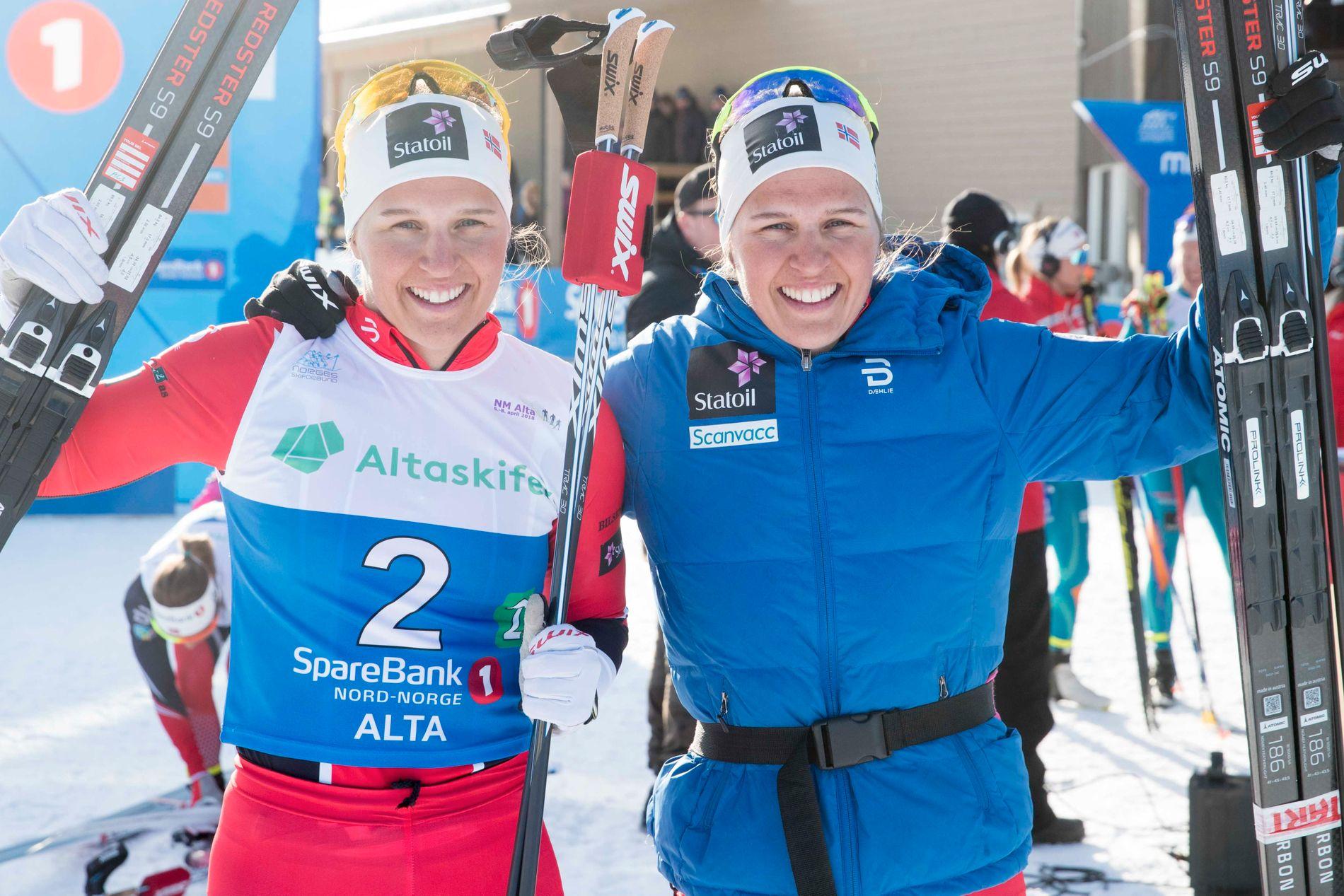 GULLSØSTRE: Lotta (t.v.) og Tiril Udnes Weng jublet for NM-gull på lagsprinten i Alta i april. Det var tvillingsøstrenes andre NM-triumf sammen.