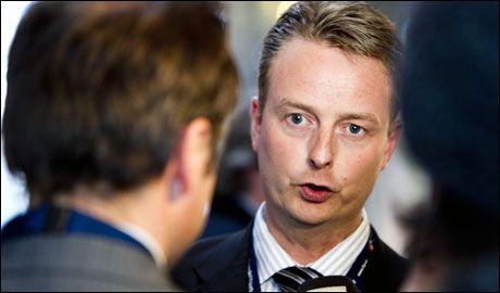 BOM STOPP: Os-ordfører Terje Søviknes ønsket å komme tilbake i rikspolitikken og satset på en plass i sentralstyret til Frp. Det var ikke nok partifeller som ønsket det samme. Foto: Scanpix