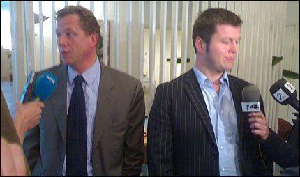 UENIGE: NJs forhandlingsleder Leif Kjartan Bjørsvik (t.v.) og NRK-sjef Jonny Bernander ble ikke enige om lønnsoppgjør for de NRK-ansatte journalistene og teknikerne. Foto: JOSTEIN MATRE