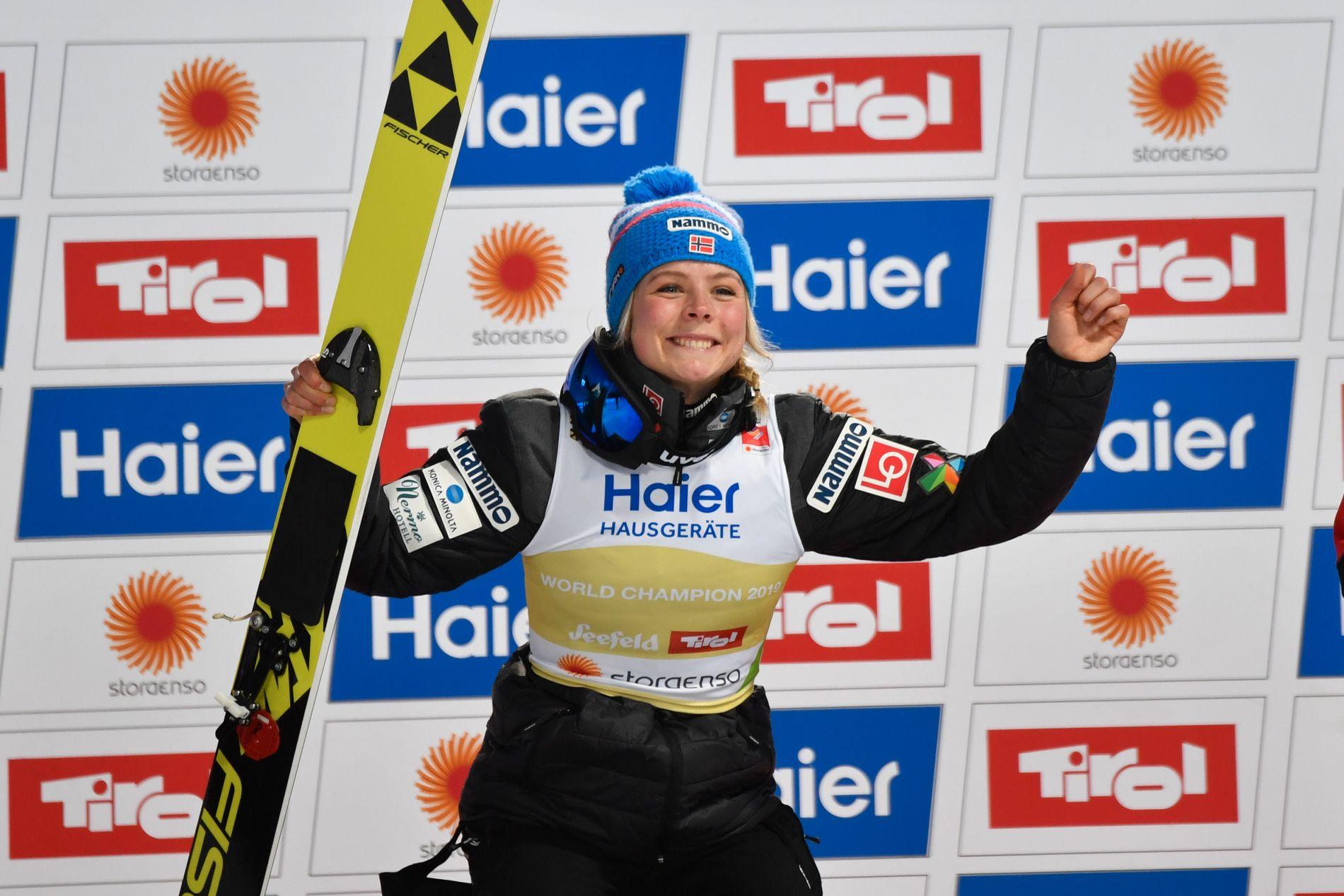 Maren Lundby vant VM-gull med en margin på 0,5 poeng.
