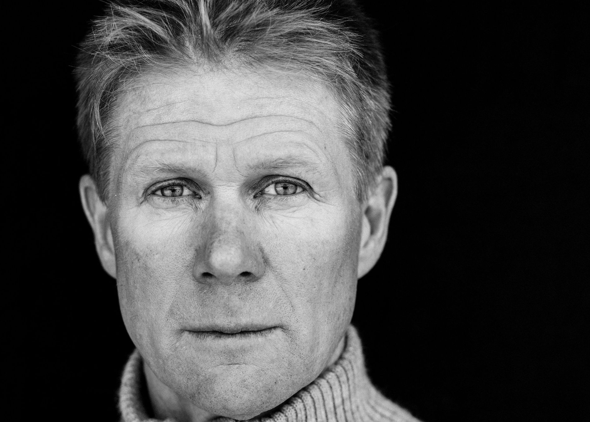 LØP OG KJØP: Tore Kvævens «Når landet mørknar» er en av årets norske romaner som vil få mye oppmerksomhet, tror VGs anmelder Tom Egeland.