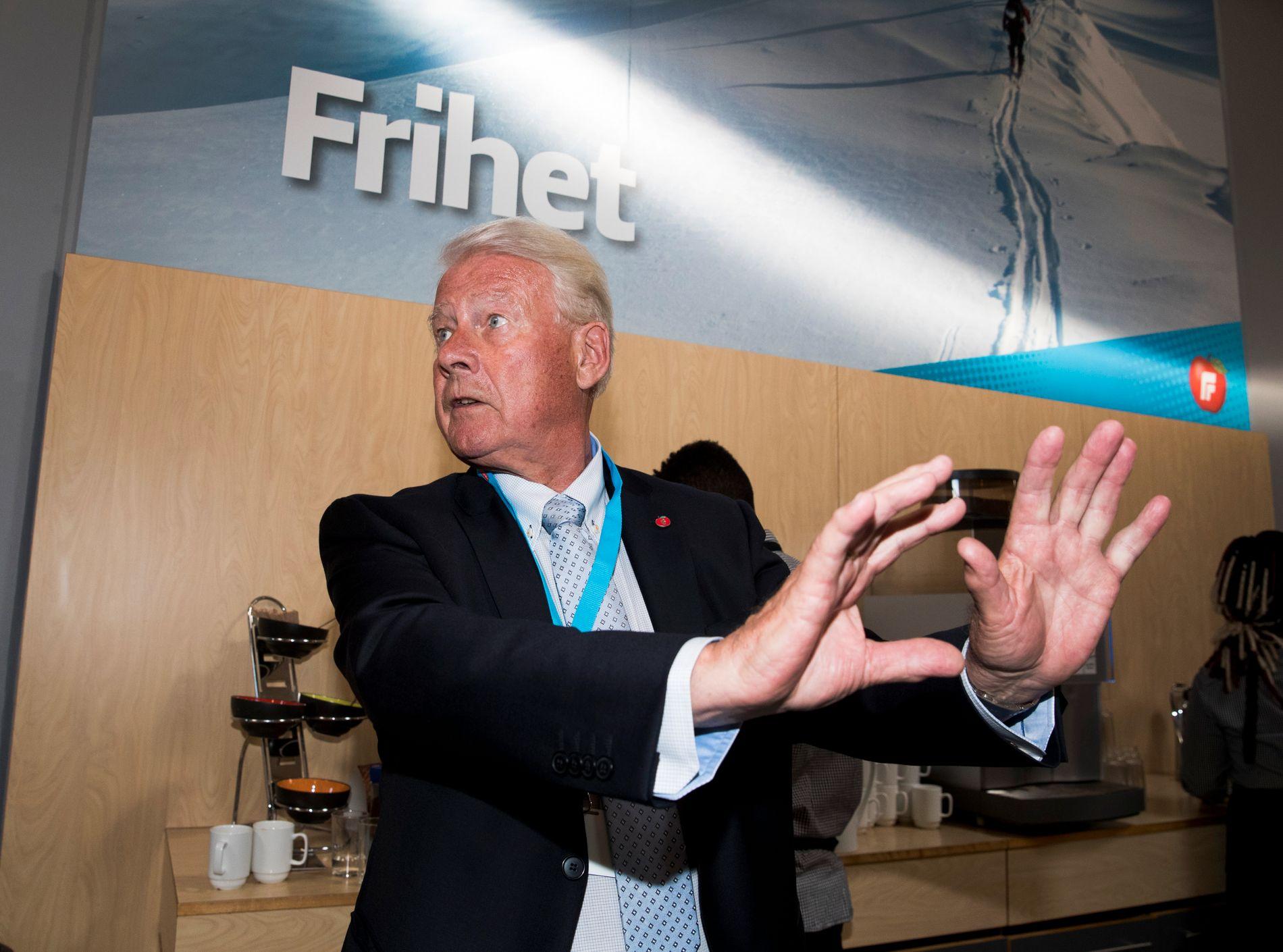 FRP-VETERAN: Mangeårig Frp-leder Carl I. Hagen sitter blant mye annet i valgstyret i Oslo kommune. Her er han avbildet på et Frp-landsmøte på Gardermoen.