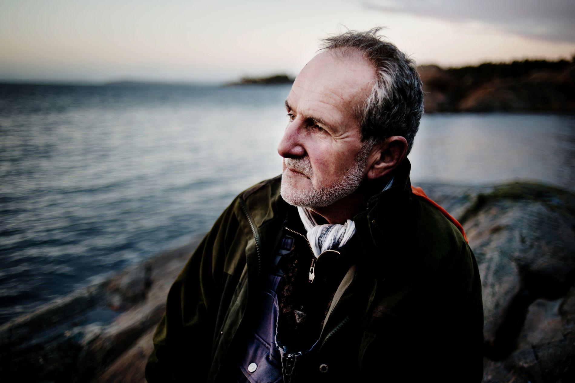 FOR EN FINALE: Det skriver VGs anmelder Sindre Hovdenakk om Jon Michelets siste bok i serien om Halvor Skramstad - og avslutningen på forfatterskapet