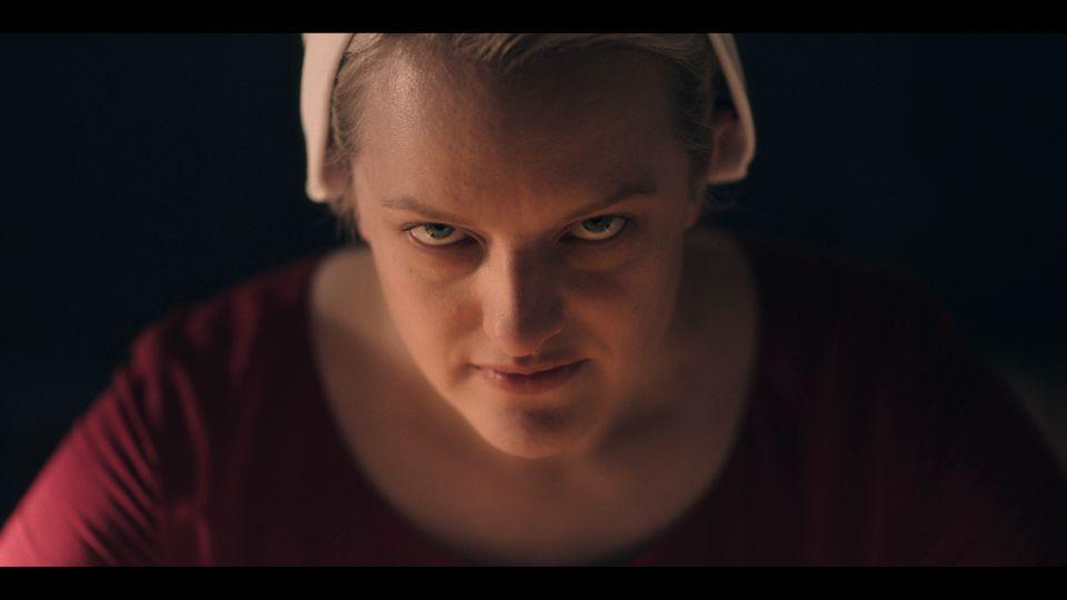 NY SESONG: I sesong tre av «The Handmaid's Tale» er June, spilt av Elisabeth Moss, kampklar. Nå er hun klar for ny sesong.