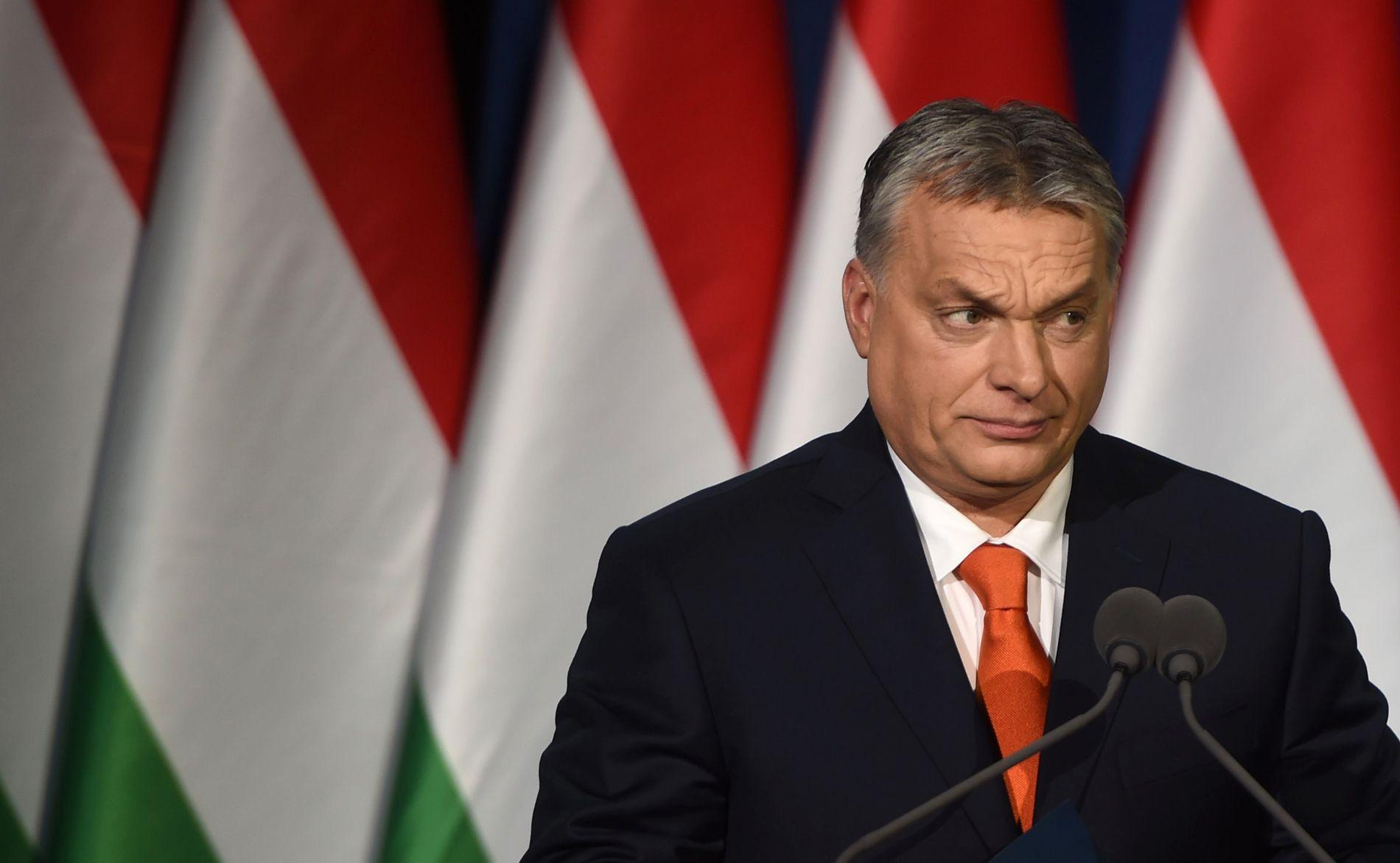 UNDER PRESS: Ungarns statsminister Victor Orban kritiseres for sin anti-innvandrings og anti-opposisjonspolitikk. Selv hevder han at Ungarn forsvarer hele Europa mot trusler utenfra.