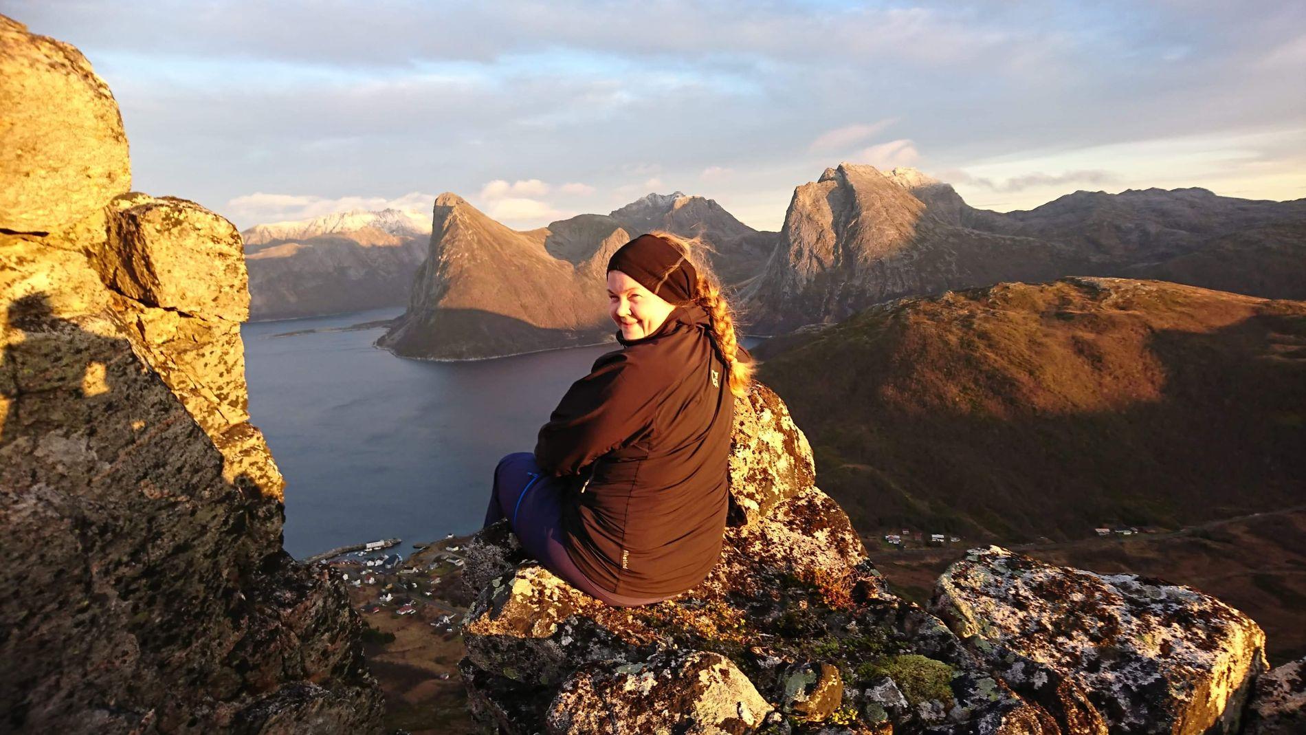 VIL FLYTTE HJEM: Kristine Aarnes (28) skal tilbake til Vestrefjord. Hun trives best tett på naturen, og bor nå på Senja i Midt-Troms.
