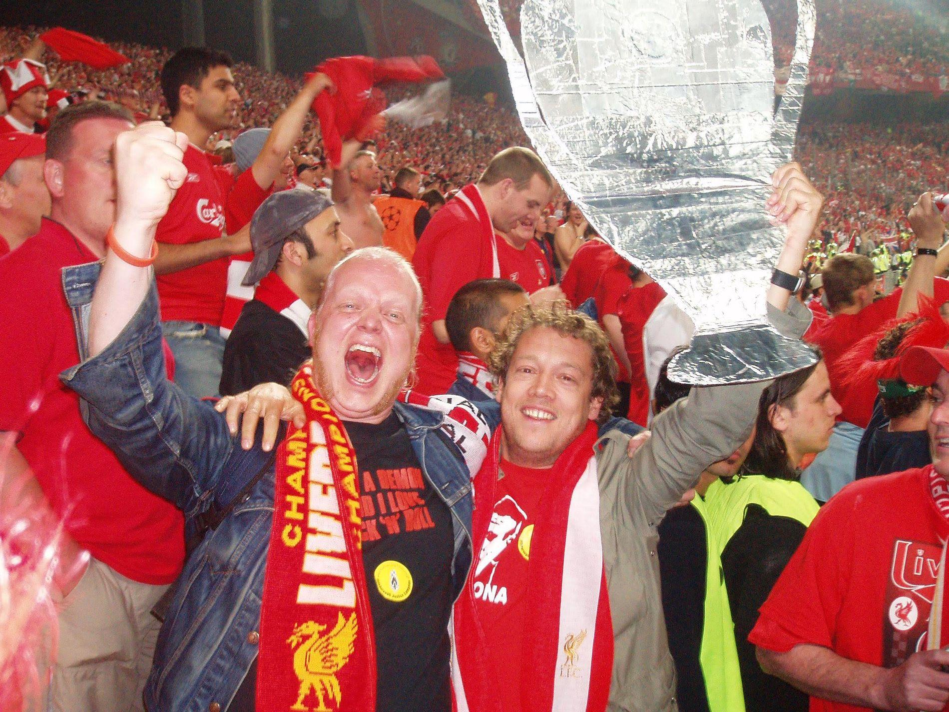 MESTERLIGAEN: Mens noen blir grinete om lille Liverpool slår giganten Real Madrid i kveldens finale, kommer andre, som kronikkforfatteren og kameraten hans Joachim, til å gå bananas.