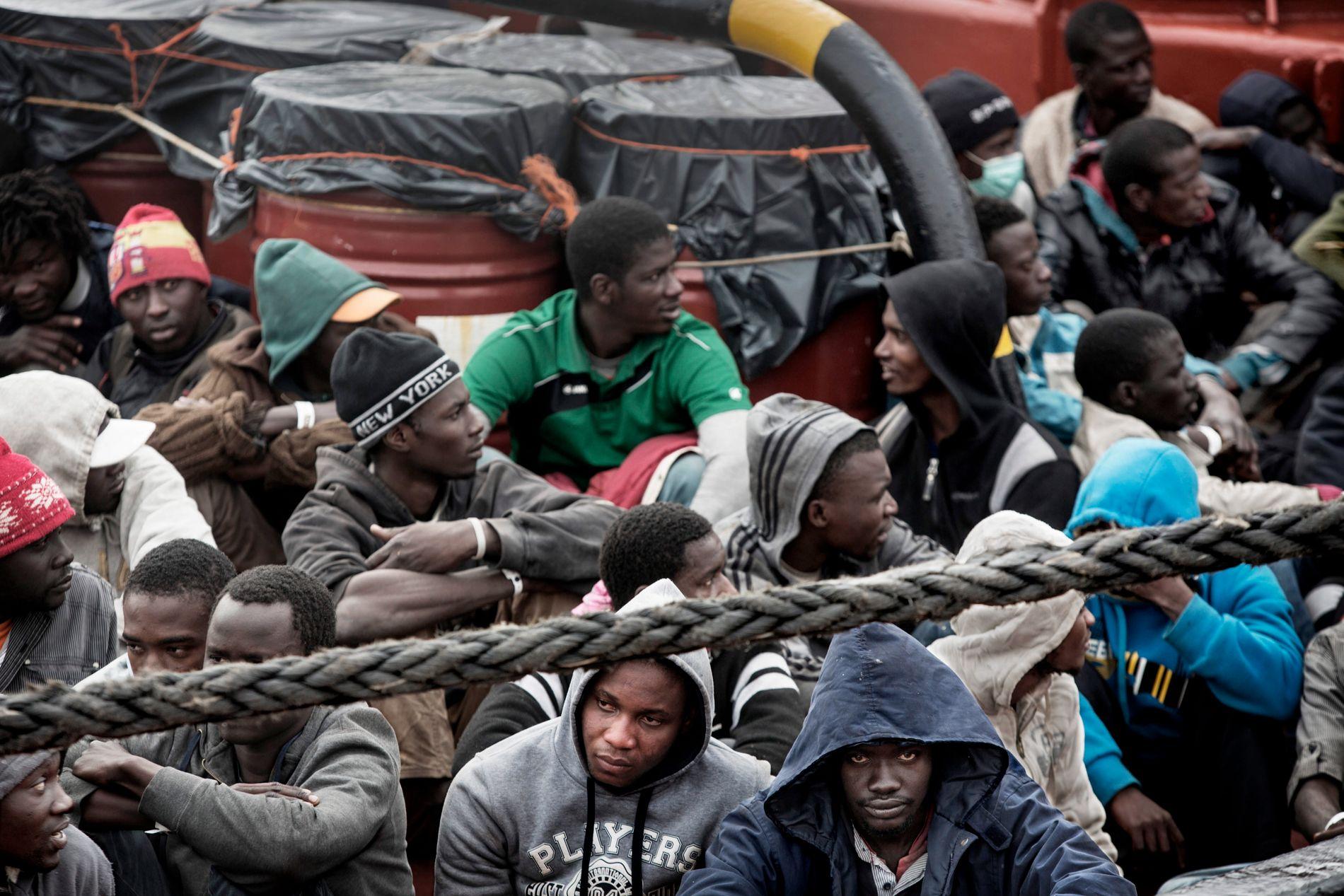 REDDES I LAND: Så langt har mer enn 600 000 migranter kommet til Italia. Mottakskapasiteten er sprengt.