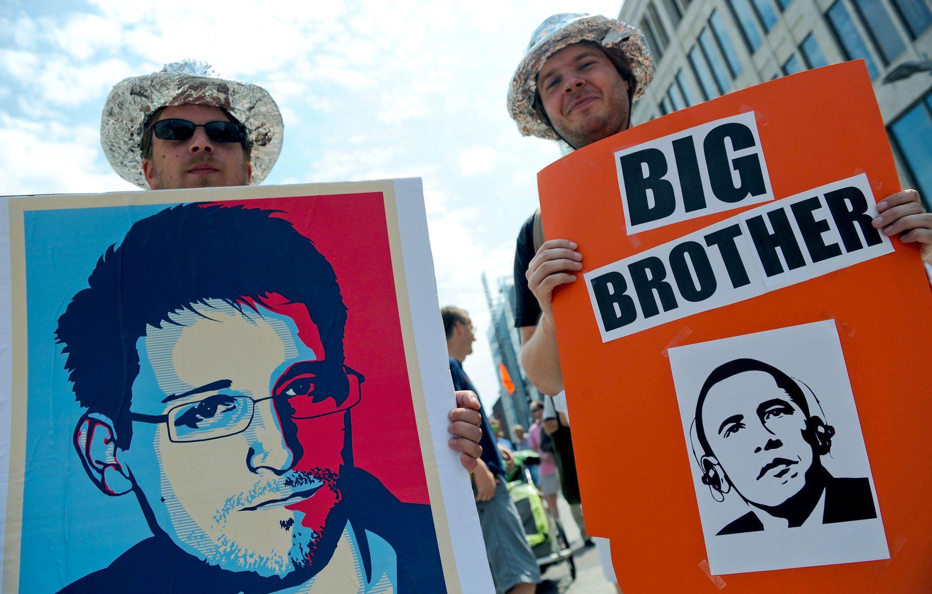 PROTEST: Tyske demonstranter protestereri 2013 mot overvåkningsprogrammet PRISM, som NSA bruker.