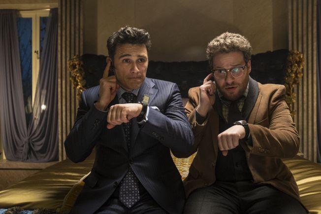 «THE INTERVIEW»: F.v.: James Franco og Seth Rogen skal drepe Nord-Koreas leder i ny komedie som kommer til høsten. Det liker ikke Nord-Korea svært godt.