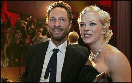 VINNERNE: Ane Dahl Torp og Trond Fausa Aurvåg er Norges beste skuespillere ifølge Amanda-juryen. Foto: SCANPIX