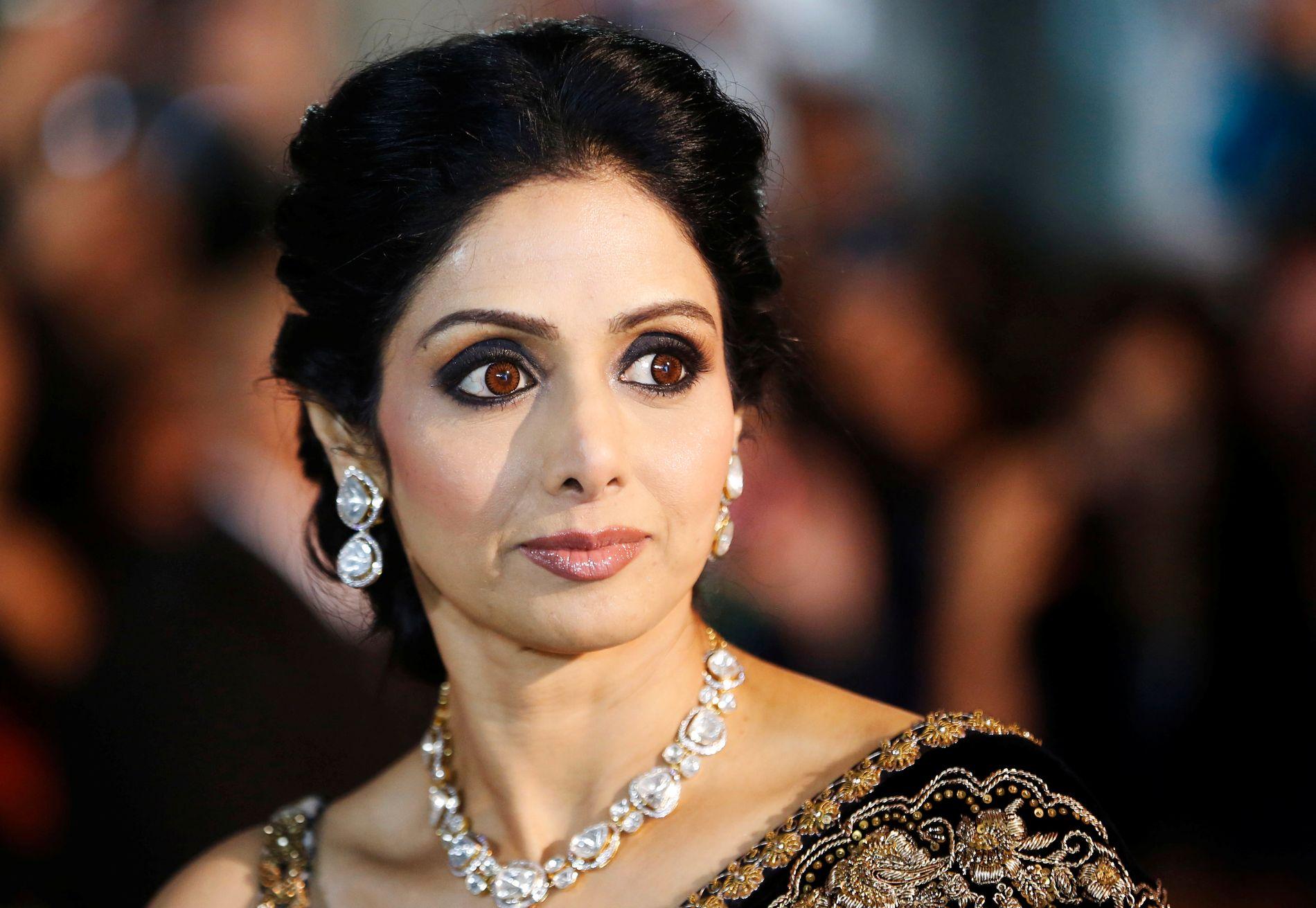 DRUKNET I BADEKARET: Gulf News skriver at filmstjernen  Sridevi Kapoor druknet i badekaret på hotellrommet.
