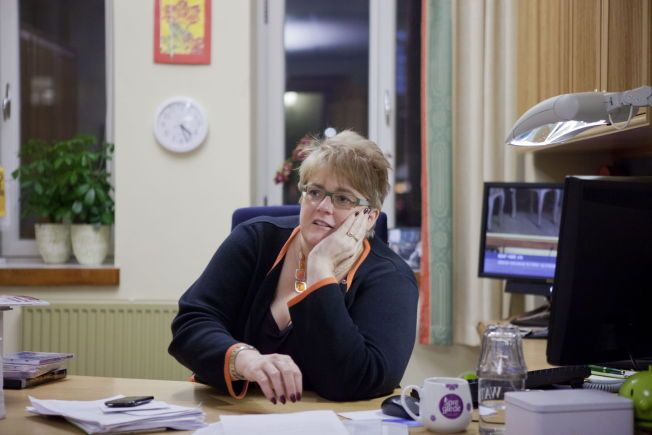 HEVDER HUN IKKE ER «VINGLE»-TRINE: Venstre-leder Trine Skei Grande på sitt kontor i Stortinget.