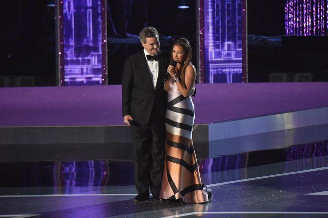 BEGRAVDE STRIDSØKSEN: Natt til søndag fikk Vanessa Williams en beklagelse fra Miss America-organisasjonen etter det som skjedde for 31 år siden. Her er hun sammen med Sam Haskell III.