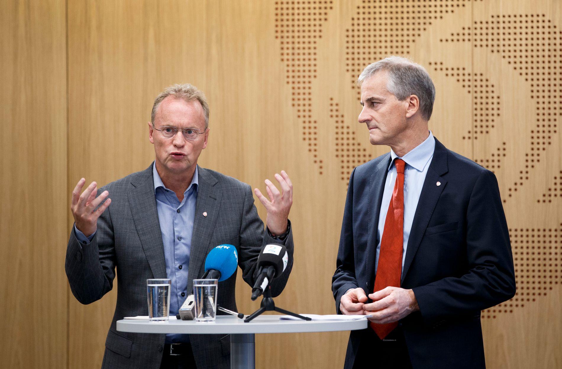 KOLLIDERER: Ap-leder Jonas Gahr Støre og byrådsleder Raymond Johansen (t.v) er uenige om fremdrift og utbygging av ny E18 fra Oslo til Asker.