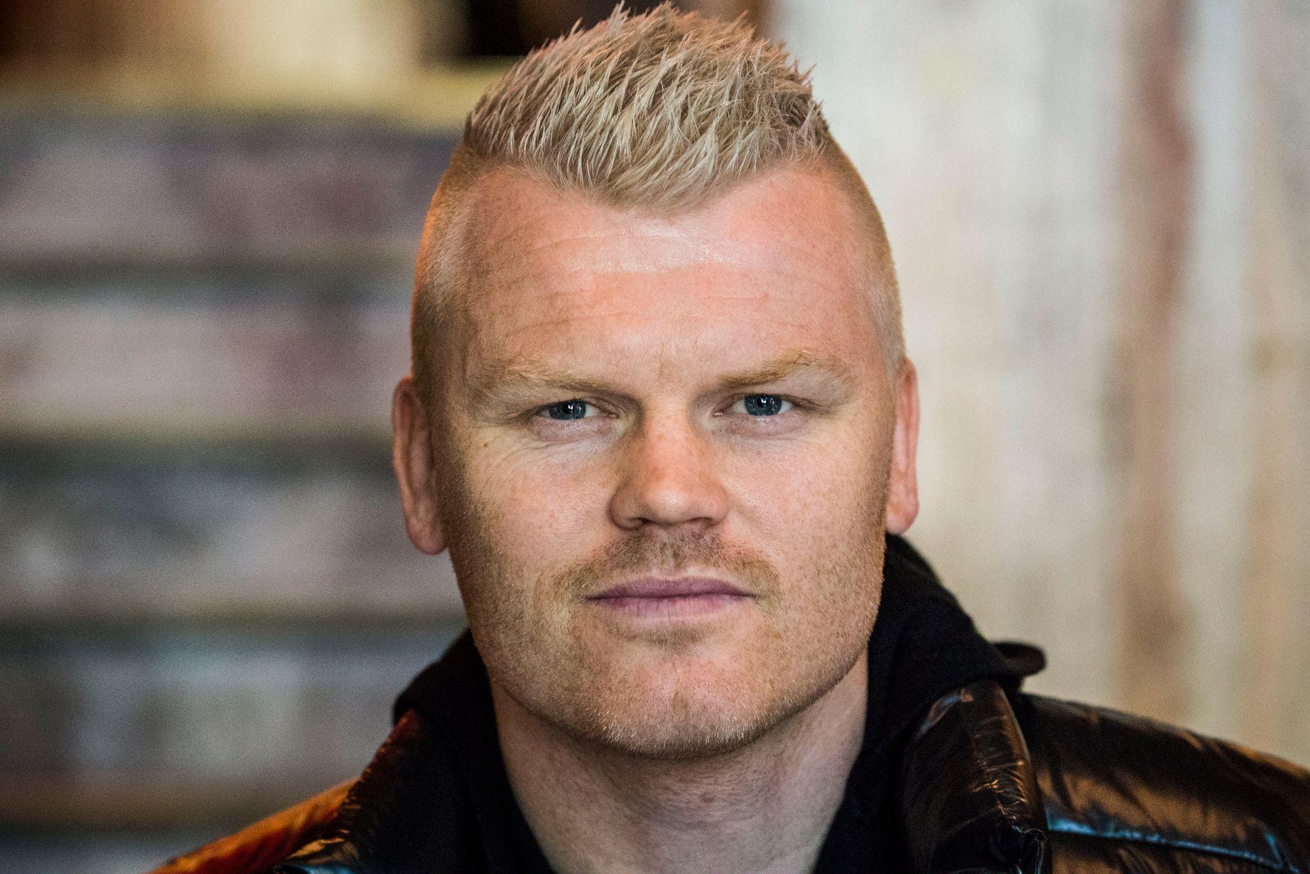 BLIR AGENT: John Arne Riise har funnet en ny karriere.