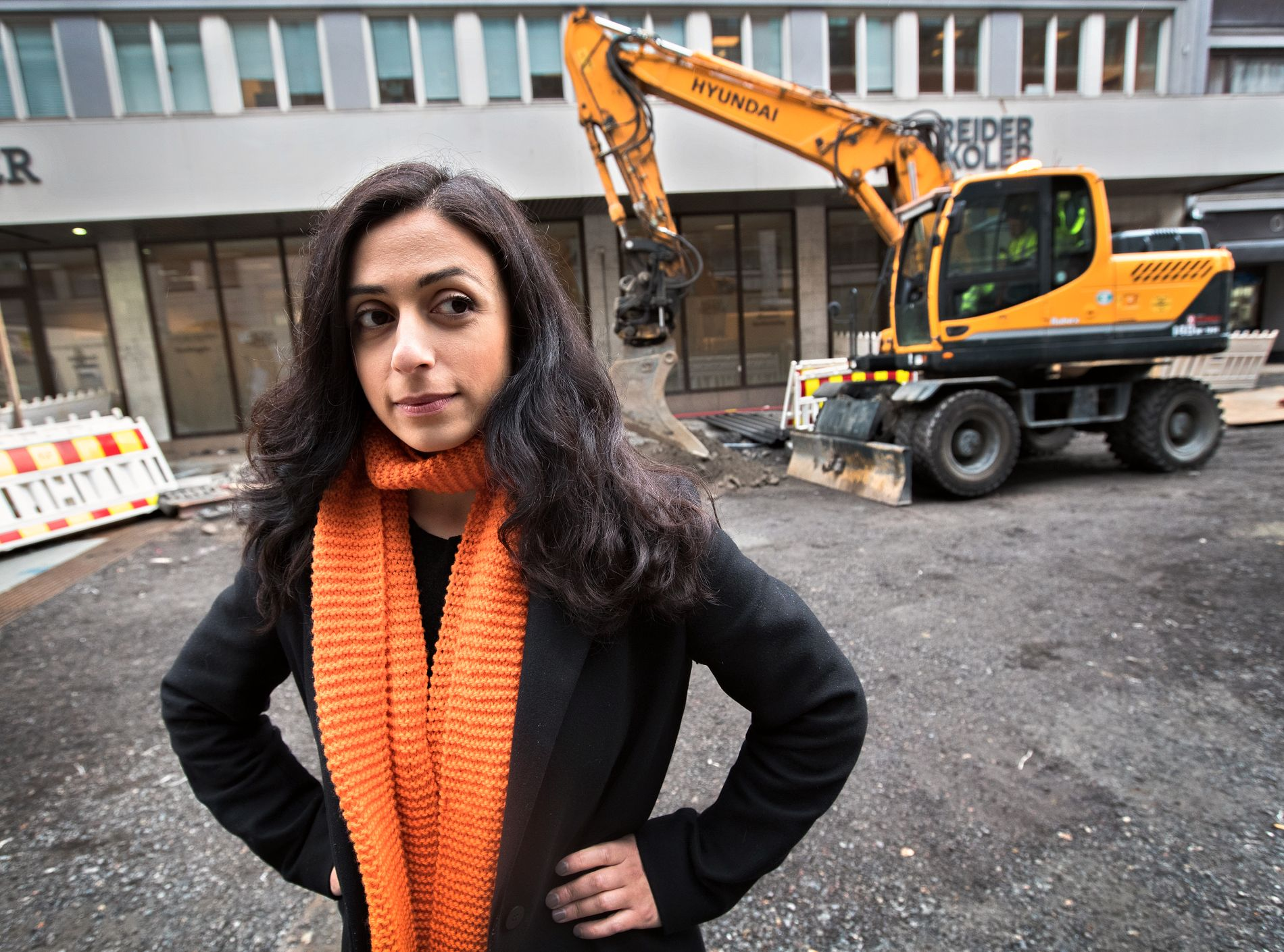VIL STRAMME INN: Ap-nestleder Hadia Tajik sier Ap vil begrense bruken av innleie i alle bransjer, ikke bare bygg og anlegg.